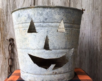 White Washed Vintage Galvanized Bucket with Pumpkin Face
