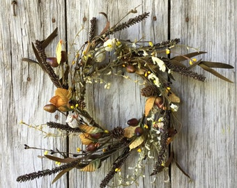 Fall Wreath with Acorns and Pine Cones