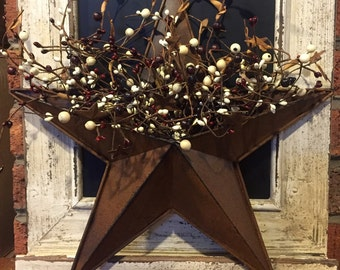 Rusty Tin Wall Pocket Barn Star with Burgundy and Cream Pip Berries