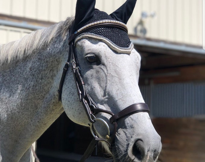 Black Horse Fly Bonnet with Grey Trim