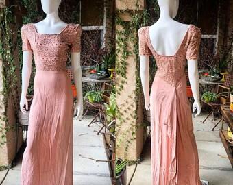 f36126f8743d Vintage 1940's Pink Crepe Dress