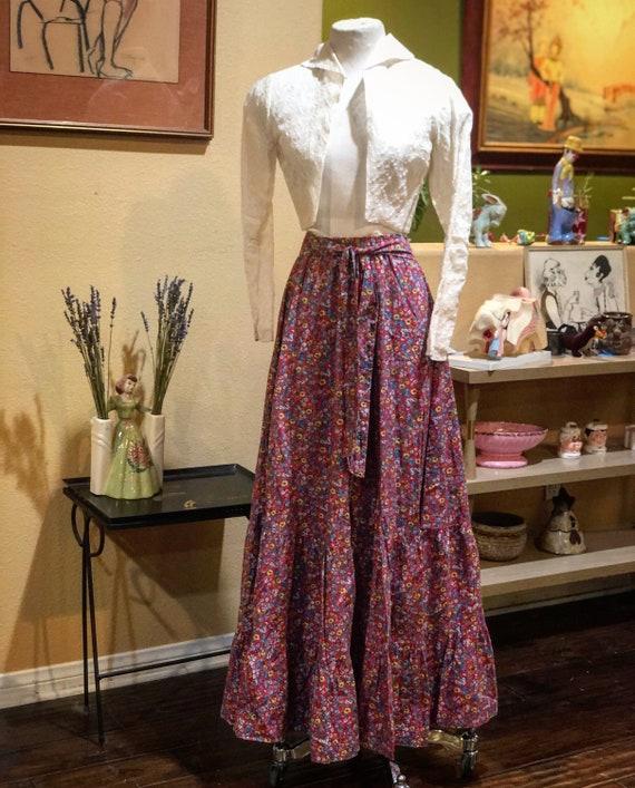 Vintage 1970's Cotton Floral Prairie Skirt
