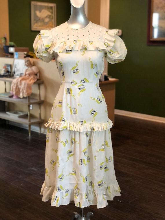 Vintage 1940's Novelty Print Cotton Dress