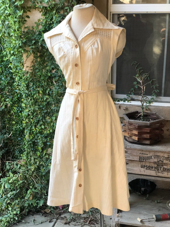 Vintage 1970's Cream Dress
