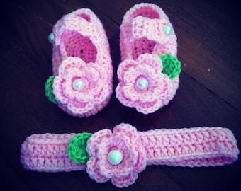 Crochet flower Mary Janes set