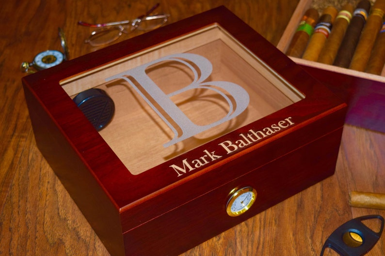 aa2b903722a10 Glass Top Personalized Cigar Humidor Box Perfect for