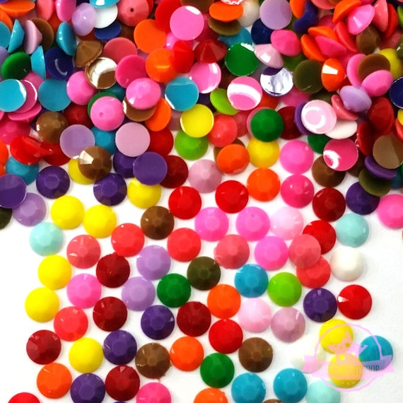 80 pcs Assorted Pearlized Flat Back Cabochon 6mm to 18mm multicolored