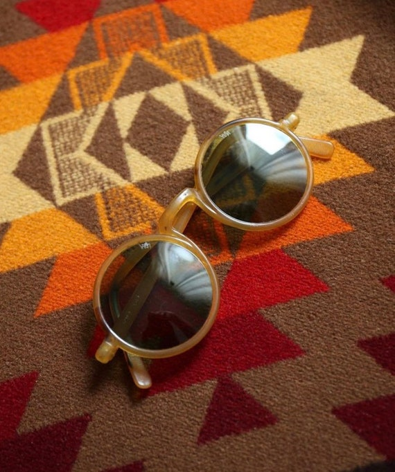 1930's vintage willson sunglasses with case