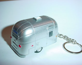 3D AIRSTREAM Trailer custom keychain by Brian Thornton keyring key chain  finished in all silver 2f5fb3bc71