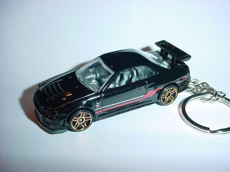 Diecast Nissan Skyline Gtr Gt-r R35 Yellow Toy Car Keyring Keychain Fast Color