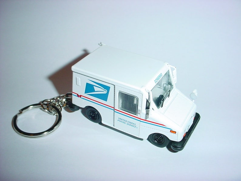 3D USPS LLV Mail Truck custom keychain by Brian Thornton keyring key chain  finished in white color postal service delivery diecast metal