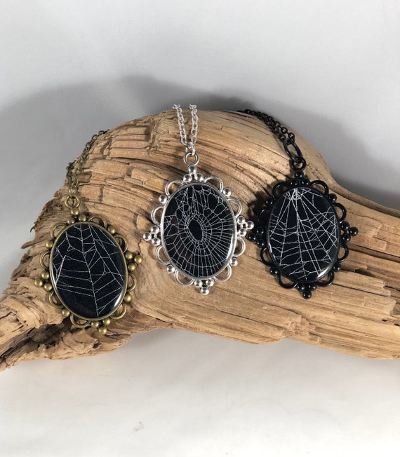 Spider Web Necklace, Spider Web Pendant, Spider Pendant, Gothic Necklace, Spider Web Jewelry, Preserved Spider Web, Nature Jewelry