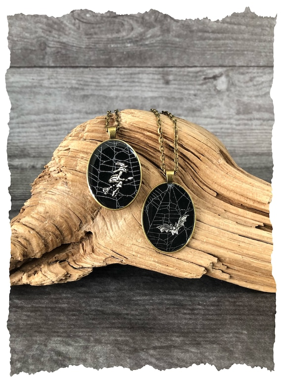 Spider Web Necklace, Spider Web Pendant, Spider Web Jewelry, Real Spider Web Necklace, Preserved Spider Web, Real Spider Web