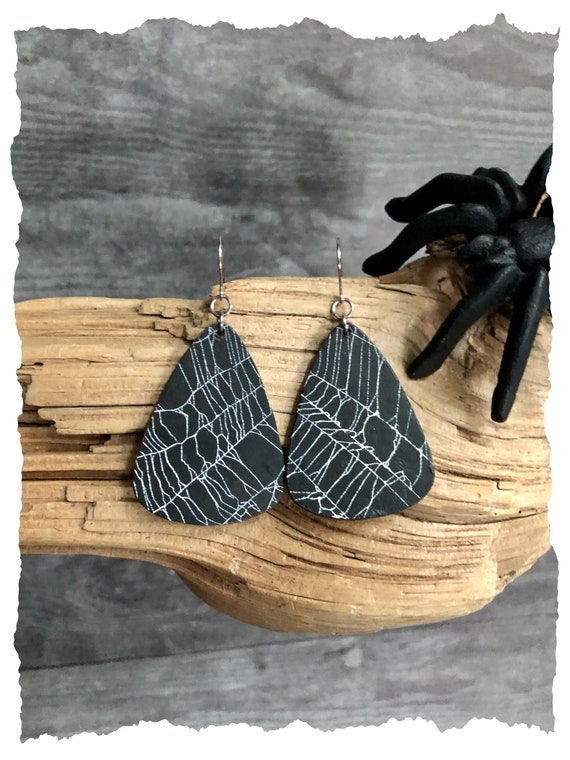 Spider Web Earrings, Gothic Earrings, Wooden earrings, Witchy Earrings,Jewelry from Nature
