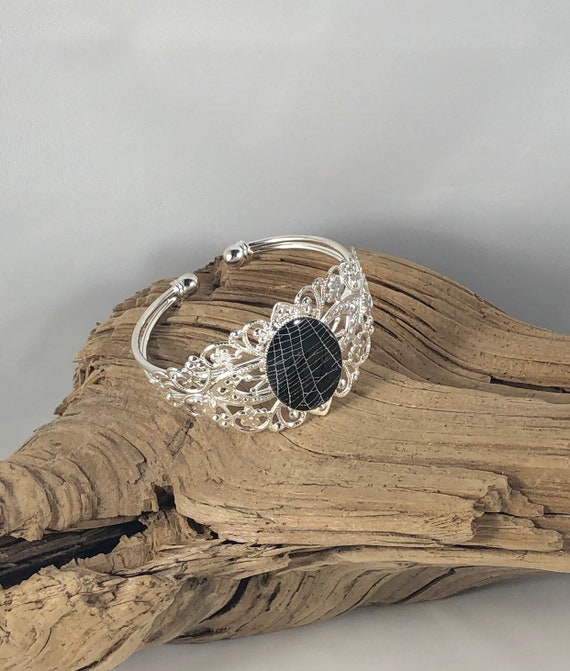 Spider Web Bracelet, Spider Web Art, Nature Bracelet, Unique Bracelet, Spider Web Jewelry, Real Spider Web, Resin Bracelet
