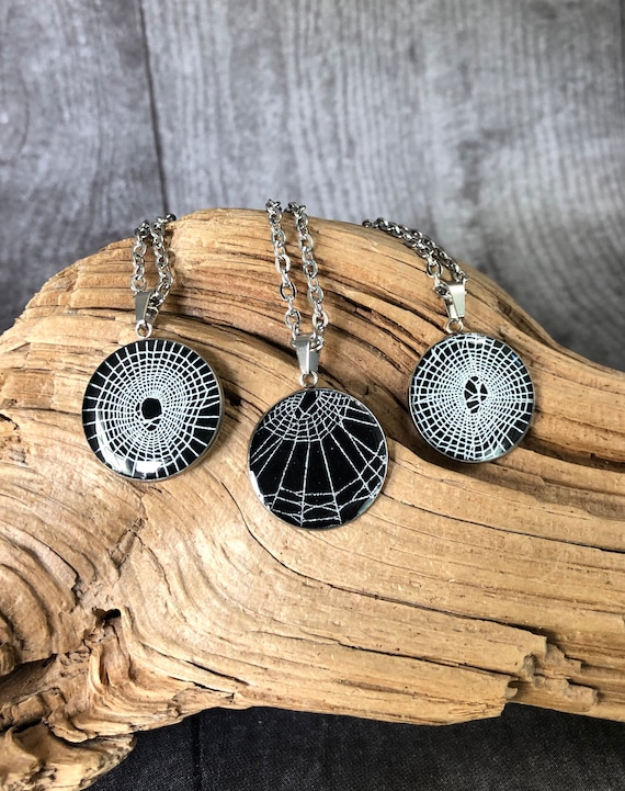 Spider Web Necklace, Spider Web Pendant, Spider Web Jewelry, Jewelry from Nature Necklace, Real Spider Web, Preserved Spider Web
