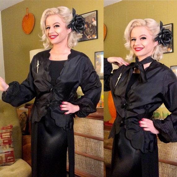 Vintage 1940s Blouse • Black Taffeta Balloon Sleev