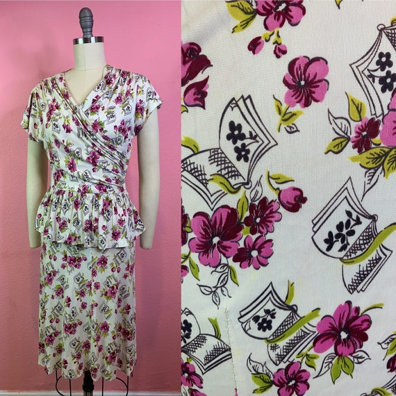 Vintage 1940s Dress • Novelty Print Books & Flower