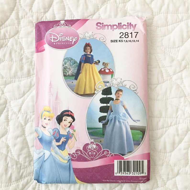 Cinderella - Snow White Girls Costume Pattern - Headband-Cape with Collar -  Floorlength Princess Costume - Size 7 8 10 12 14