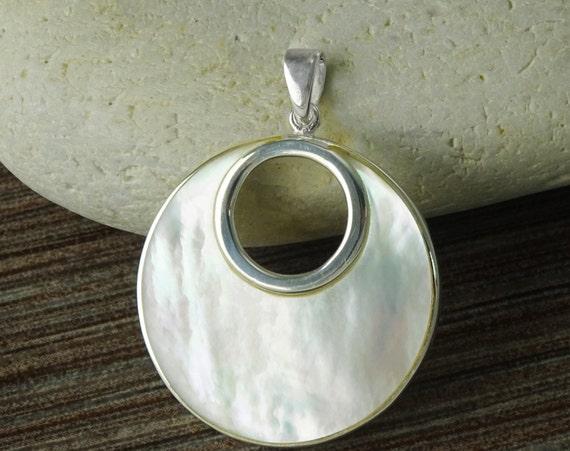 White, MOP, Silver, Pendant, Sterling Silver, Elegant,Design, Women, Gift, Ideas, Xmas, Paypal, Fast Shipping, Women Jewelry, Women Pendant.