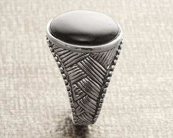 Men Ring, Sterling Silver, Ethnic Tribal Ring, Mesh Ring, Round Signet Ring, Black Signet Ring, Men Woman Popular Ring, Engraved Ring