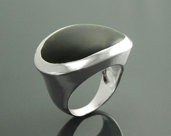 Onyx Oval Ring, Sterling Silver, Black Onyx Horizontal Stone, Wide Low Domed Ring, Unique Designer Dome Ring,Modern Minimalist Style Jewelry