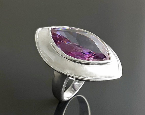 Statement, Marquise Ring - Sterling Silver Ring - Purple Zirconia - Modern Ring - Almond Shape - Pink Amethyst - Rose de France - Statement