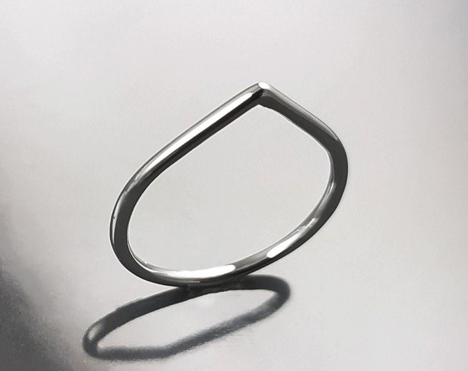 Thorn band ring - sterling silver pointy ring - minimalist wedding Band Spike Ring, Peak Ring, Wishbone Ring, Stackable Band Ring