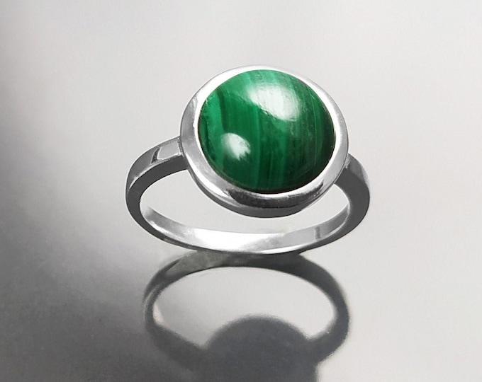 Malachite Ring, Sterling Silver, Round Green Stone Ring, Genuine Malachite Gemstone Birthstone Jewelry, Modern Minimalist Style Gift