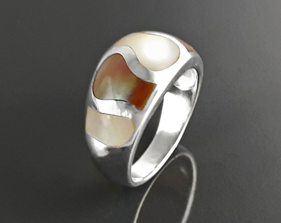 White and Cooper Mop, Silver Ring, 925 Ring, Woman Large Ring, Domed Silver Ring, Mother of Pearl, Beautiful MOP Wave, Bright Shell Ring,