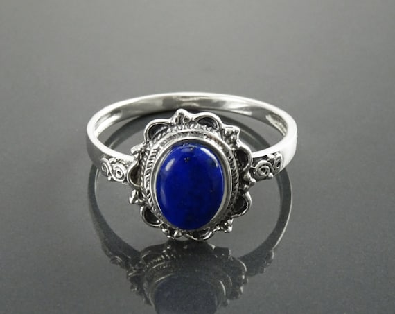 NATURAL Lapis Ring, Sterling Silver, Boho Ring, Blue Lapis Ring, Dainty Stone Ring, Midi Oval Ring, Pretty Jewelry, Victorian Antique Ring