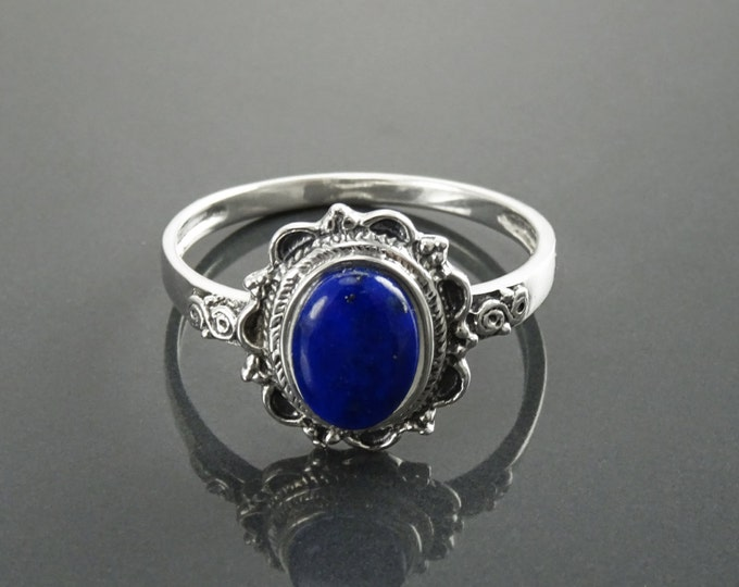 Lapis Ring, Sterling Silver, Boho Ring, Genuine Blue Lapis Ring, Dainty Stone Ring, Midi Oval Ring, Pretty Jewelry, Victorian Antique Ring