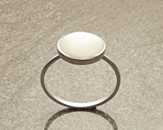 Stacking Ring - Sterling Ring - Round Ring - Mother of Pearl - Small Ring - Affordable Ring - Pearl Ring - Dainty Ring - Pearl jewelry