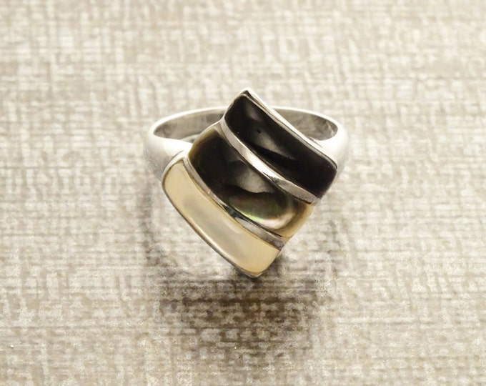 Three Colors Ring, Sterling Silver Ring, Mother of Pearl, Gray Shell, Black Onyx, Three Stones Ring, Original Mop Ring, Original Stone Ring.