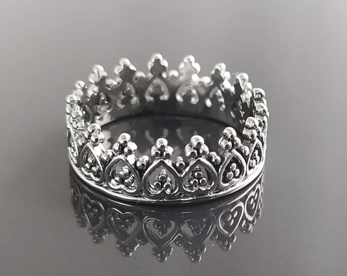 Crown Ring , Sterling Silver 925, Diadem Band Ring, Princess Queen Jewelry, Promise Ring, Engagement band, Tiara Ring,