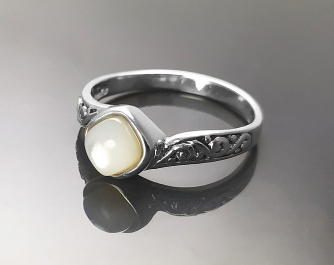 Celtic White Ring, Sterling Silver, Genuine Mother of Pearl Shell Stone, Dainty Stone Ring, Round Square Jewelry, Women Viking Antique Ring
