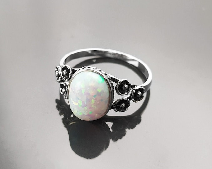 Opal ring, Sterling Silver, Fiery Opal Stone Jewelry, White Oval Rainbow Stone Ring, October Birthstone Ring, Vintage Flower Ring
