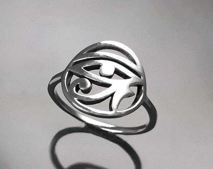 Eye of Horus ring, Sterling Silver, Oudjat Eye Ring, Protective Symbol Talisman, Ancient Egyptian Sacred Jewelry, Horus Eye Spiritual Ring