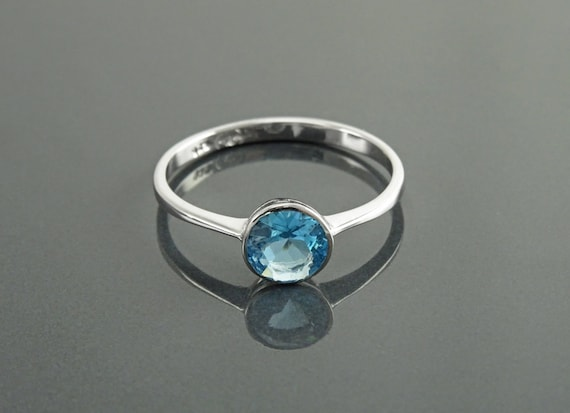 Blue Solitaire Ring, Sterling Silver, Comfortable Bezel Low Setting Ring, 0.8ct Lab Blue Topaz Stone simulant (CZ), Easy to Wear Jewelry