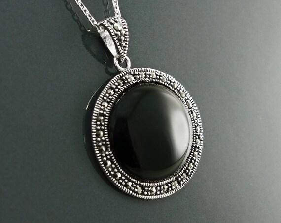 Vintage Onyx Necklace, Sterling Silver, Genuine Black Onyx Gemstone, Marcasites Jewelry, Marcasite Round Pendant, Art Deco Retro Jewelry