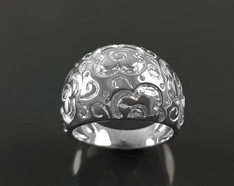 Flower Ring - Sterling Silver, engraved floral nature Pattern - Hipster Boho Flowers Wide Domed Band Ring