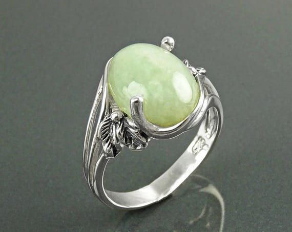 Genuine JADE Ring, Sterling Silver, Original Intricate Setting, Oval Light Green JADE GEMSTONE, Boho Antique Jewelry, Vintage Art Nouveau
