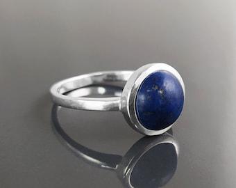 Engagement Lapis Lazuli Silver Ring,Fashion Silver Ring,Gemstone Ring,Round Flat Stone Christmas Gift,Minimalist Lapis Lazuli Silver Ring,
