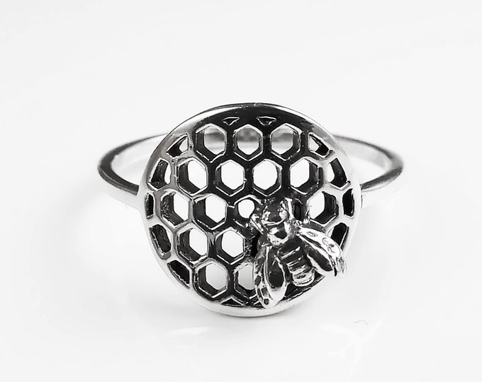 Honeycomb Bee Ring, Sterling Silver, Beehive Jewelry, Bumble Bee, Bee Nature Jewelry, Honeycomb Core, Bug Ring, Gifts For Bee Lovers