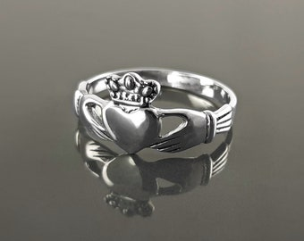 Claddagh ring, Celtic Sterling Silver Ring, Claddagh Promise Ring, Celtic Engagement Promise Crown Ring Irish Traditional, Friendship ring