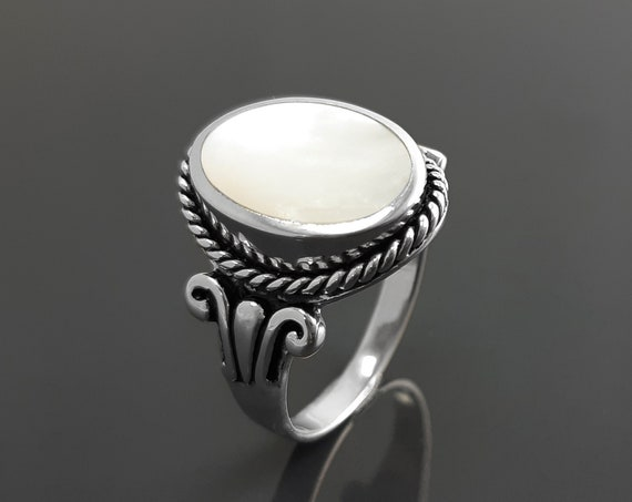 Hipster MOP Ring, Sterling Silver, GENUINE Mother-of- Pearl Jewelry, Boho Unisex Ring, Flat Oval White Pearl Stone Ring,Intricate Rope Shank
