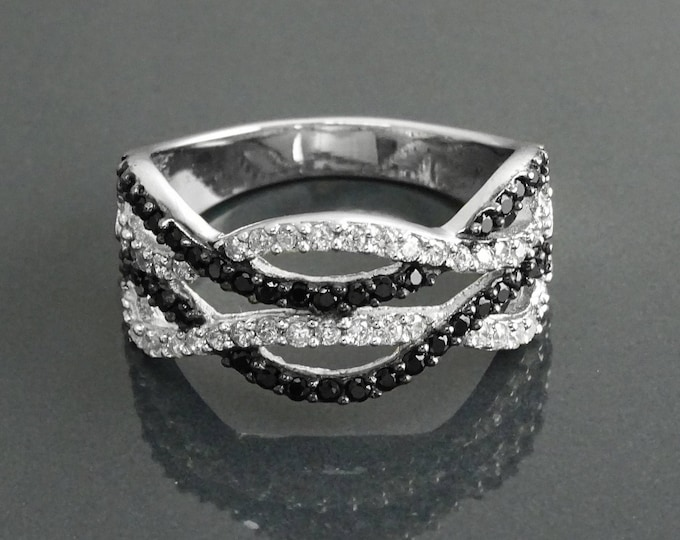 Crossing Lines Ring, Sterling Silver, Black White Stones (CZ), intertwined Crossing Lines, Cocktail Interwoven interlocking Two Waves Ring