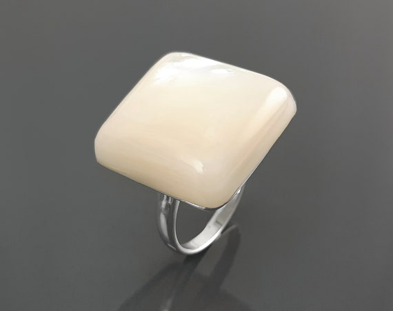 MOP Ring - Sterling Silver Ring - Square Ring - Mother of Pearl Ring - Designer Ring - Statement Ring - Geometrical Ring - Simple, Unique