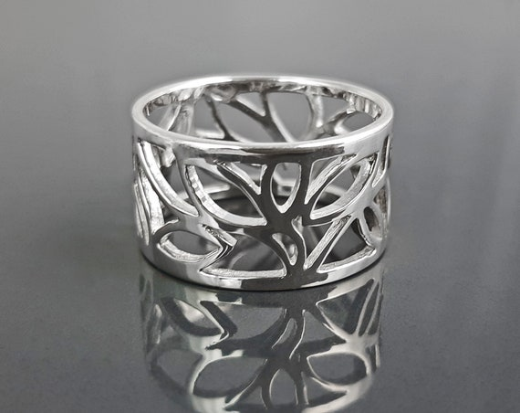 Tree Of Life Ring, Engraved Leafs Band in Sterling Silver, Filigree Cuff Ring, Popular Nature Spirit Jewelry, Leaf Skeleton Veining Design
