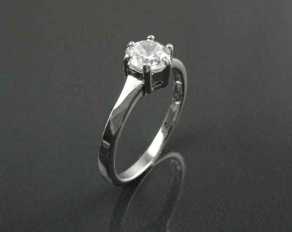 1ct Classic Solitaire Engagement Ring, Round Lab Diamonds simulant (CZ),  Gift, Birthday gift, Bridal Ring, Promise Ring, Sterling Silver